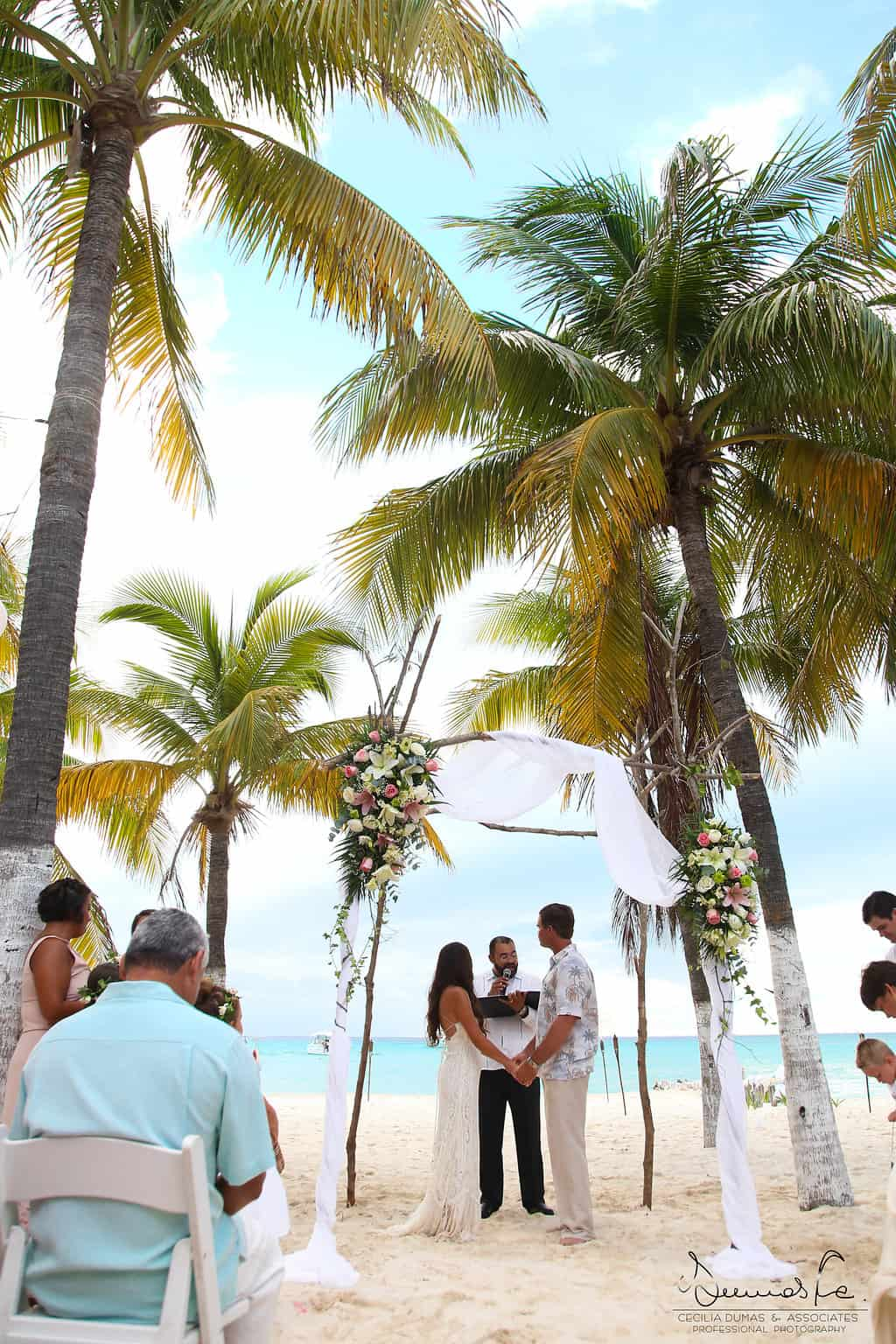 islamujeres-buhos-weddingphotography-courtneyneal37