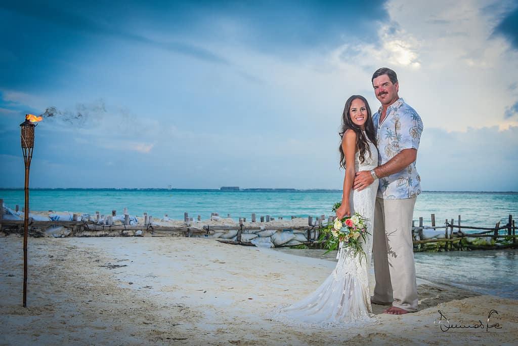 islamujeres-buhos-weddingphotography-courtneyneal48