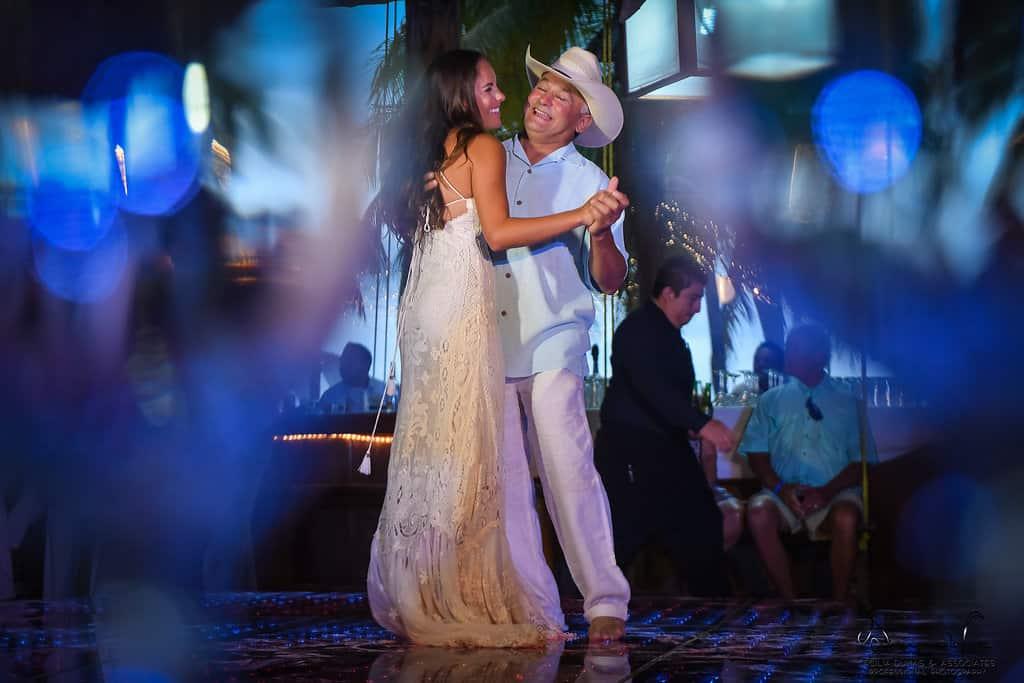 islamujeres-buhos-weddingphotography-courtneyneal63
