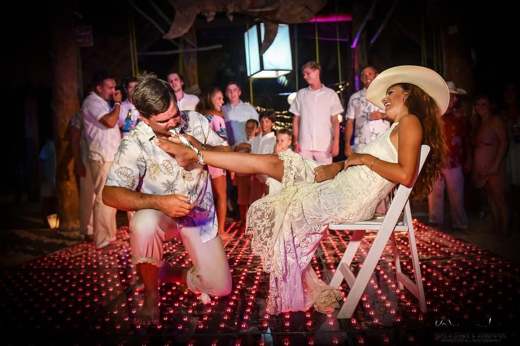islamujeres-buhos-weddingphotography-courtneyneal89