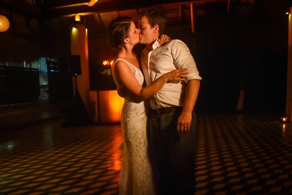 IslaMujeres-Zama-weddingphotographer-HannaEric117