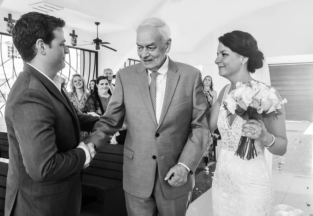 IslaMujeres-Zama-weddingphotographer-HannaEric26