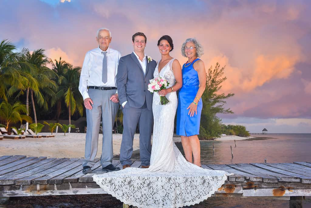 IslaMujeres-Zama-weddingphotographer-HannaEric98