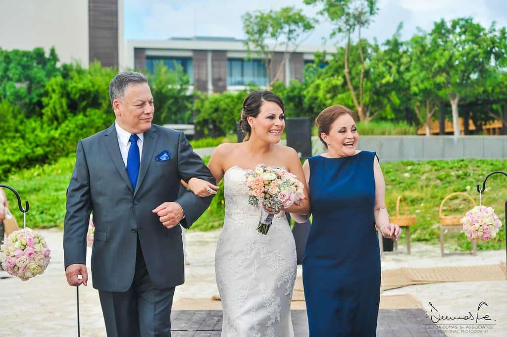 hotelnizuccancun-weddingphotography-laurathibaut34