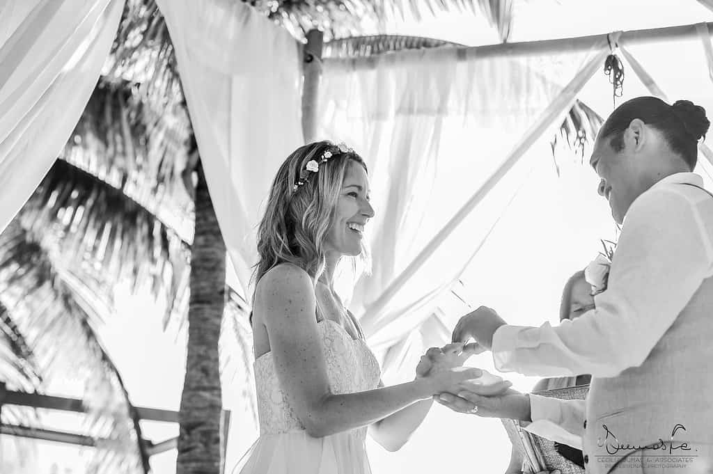 islamujeres-buhos-weddingphotography-heathermel74
