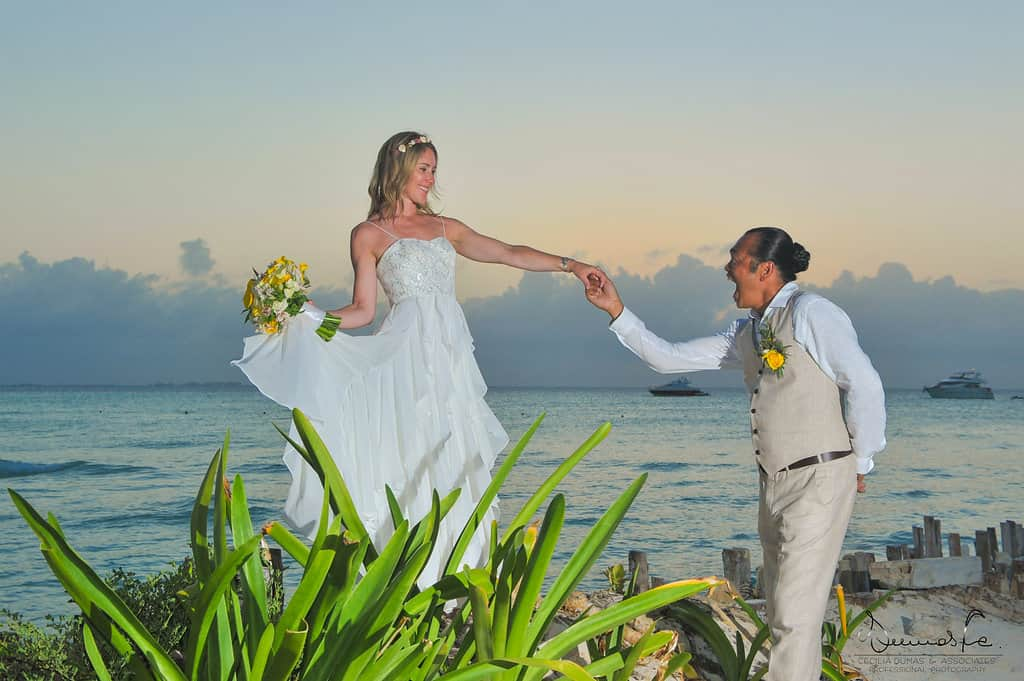 islamujeres-buhos-weddingphotography-heathermel95